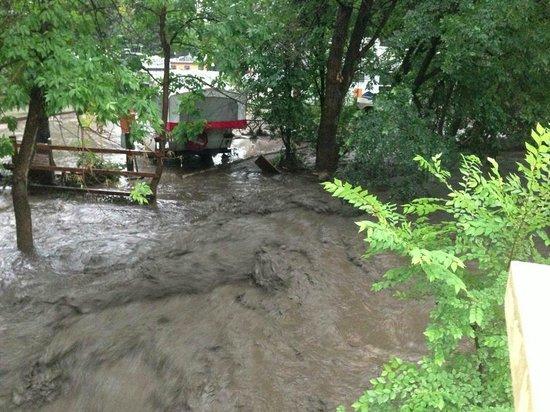 Pikes Peak RV Park & Campground: Record Flash Flood August 9th, 2013.