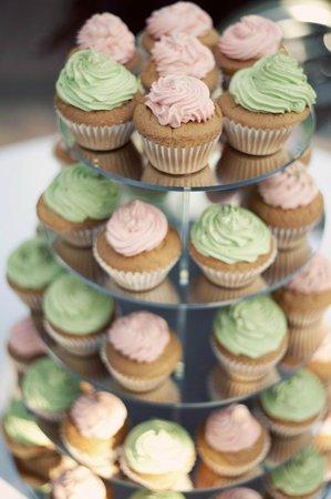 Beaufield Mews: Wedding cake