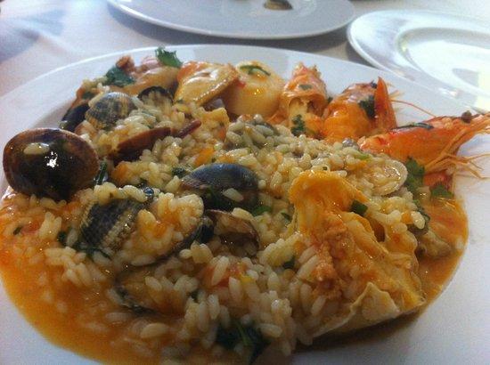 O Gimbras: Portugese pot dish