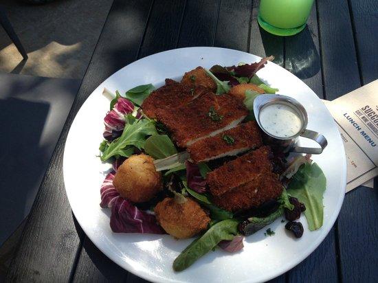 Succulent Cafe: Buttermilk Fried Chicken Salad