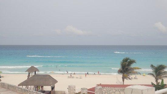 Solymar Cancun Beach Resort: vista ala play