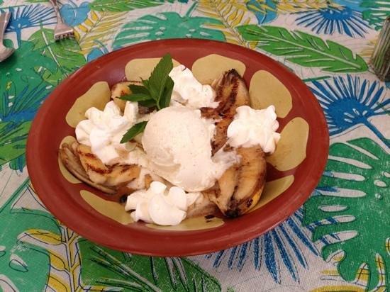 Naji's: Grilled Bananas with Rum Cream