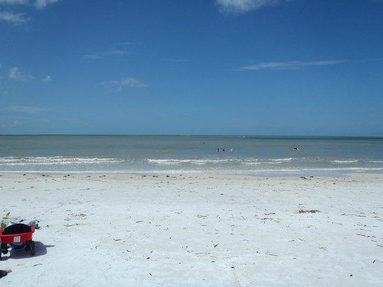 #1 Island Hideaway: the amazing white sand beach