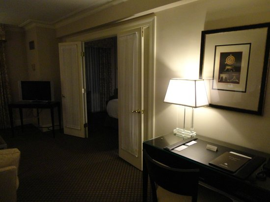 bedroom doorway picture of eliot hotel boston tripadvisor rh tripadvisor co za