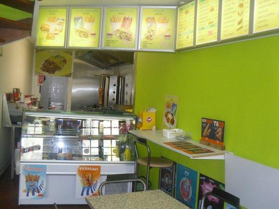 Grillhuisje : halal kebab &snacks