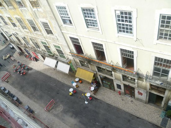 Palacio Camoes - Lisbon Serviced Apartments: Foto dal balcone del quarto piano dell'appartamento