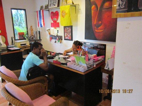 Samui Ton Rak Residence: Reception