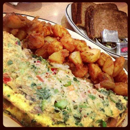 Kenny & Ziggy's New York Deli: Vegetable omelette