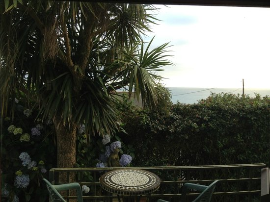 Tamarind Guest House: View from living room window
