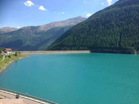 Hotel Vernagt Am See: Sehr schöne Aussicht vom Zimmer Lagun