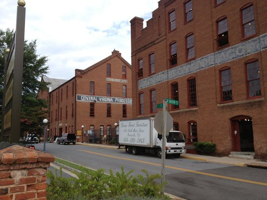 The Inn on the Avenues : Green Front Furniture (visit the warehouses early in the summer!  There is no air conditioning.)
