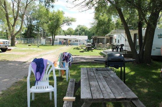 Niagara RV Rentals : outside
