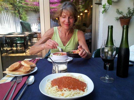 Braseria Ca La Nuri: Bolognese. Perfecto!