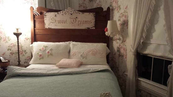 Sandes of Time Bed & Breakfast: Secret Garden Suite