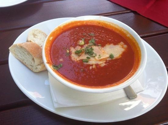Schlachthof Restaurant & Bar: Tomato soup