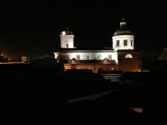 Casa de Leda - a Kali Hotel : Night view from Casa de Leda of Cathedral
