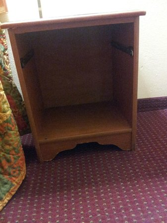 Relax Inn and Suites: Bedside Chest without Drawer