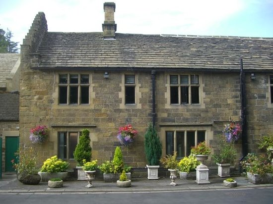 Whitley Hall Hotel: the old front