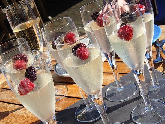 Moonfleet Manor Hotel : Champagne Jelly as part of Afternoon Tea
