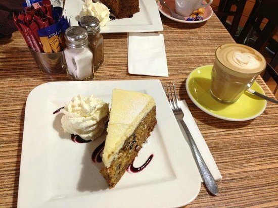 Wattle Cafe: Pineapple Carrot Cake