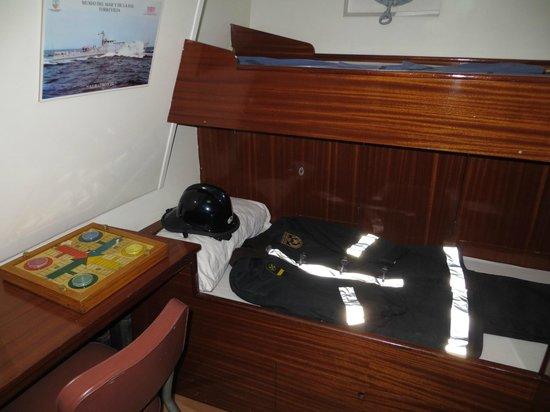 Museos flotantes Delfin S-61 y Albatros III: cama