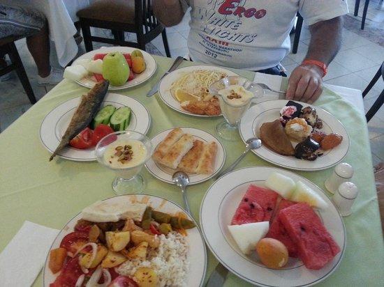 Antalya Adonis Hotel : ужин