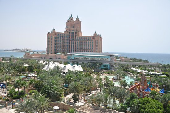 Atlantis, The Palm: Vista dal parco acquatico