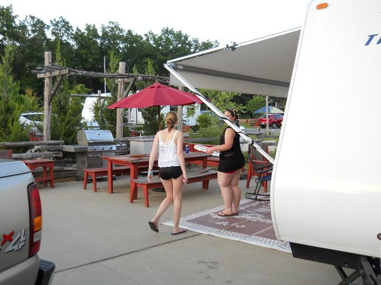 Shenandoah Crossing: campsite 2