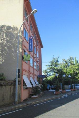Inter-Hotel Albi le Cantepau : hôtel au 9 rue Cantepau