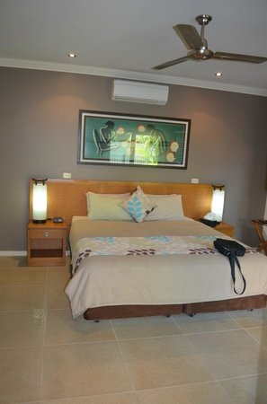 The Pearle of Cable Beach: Bedroom - you should see the bathroom!!