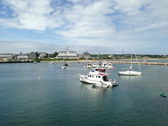 The Inn at Old Harbor : As the Ferry enters the Harbor..Old Inn is on the right