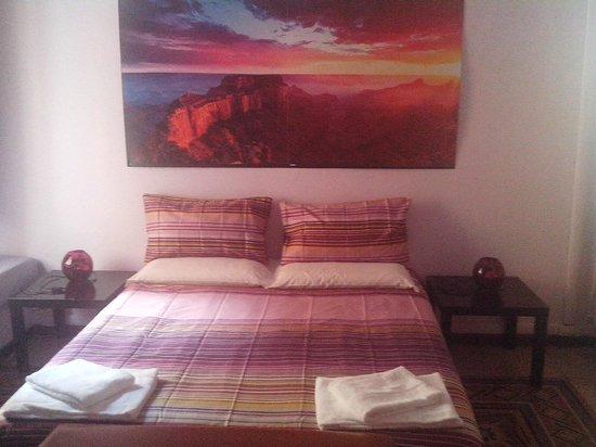 Carlo Alberto House Bed and Breakfast: tripla/doppia con bagno
