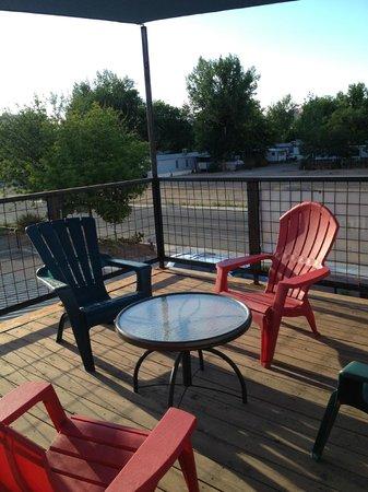 Westside Flats: Community Roof Top Deck