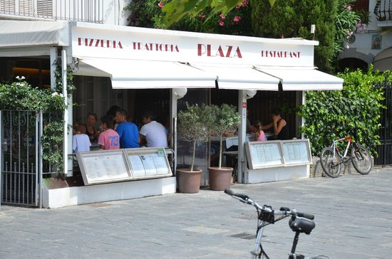 Restaurant Pizzeria Plaza