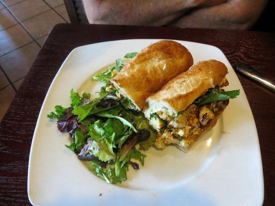 sprig and vine: Vietnamese Cauliflower Banh Mi