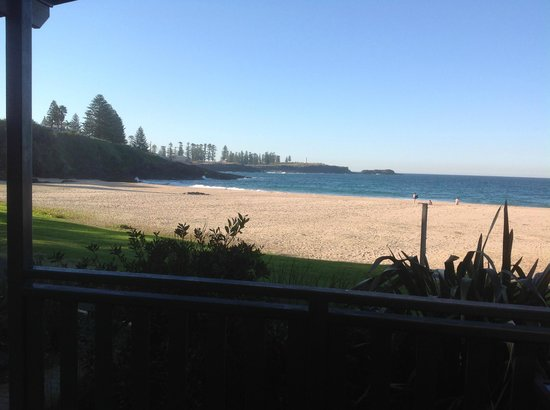 Kendalls on the Beach Holiday Park: View from front deck to Kiama