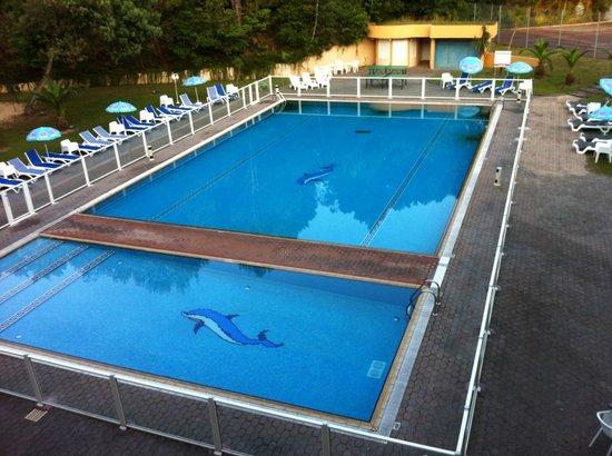 Anglet Biarritz Parme : La piscine vue de la chambre