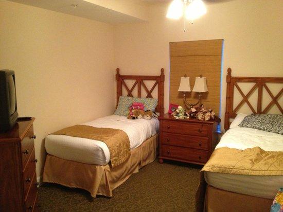 Grande Villas Resort: Second bedroom with 2 twins