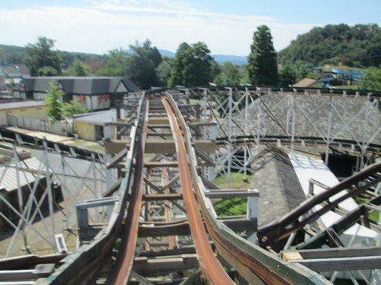 Lakemont Park: LEAP THE DIPS