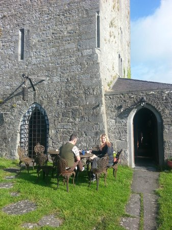 Ballyhannon Castle: Front door