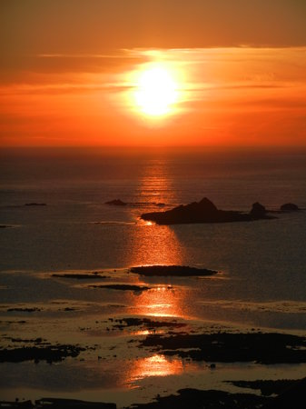 La Rocco Self-Catering Apartments : August sunset from La Rocco Aptmt 11
