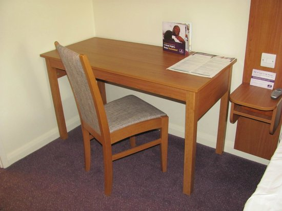 Premier Inn Preston North Hotel: A table, a chair, but no power socket to plug your laptop into!