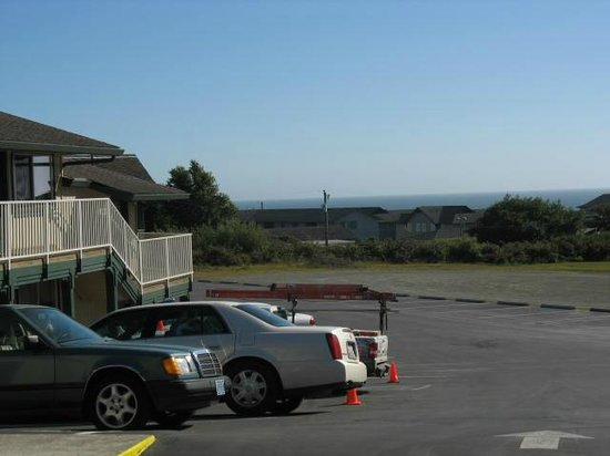 Spindrift Motor Inn : Ocean view
