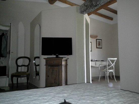 Hotel Stazzo Lu Ciaccaru : vue du lit