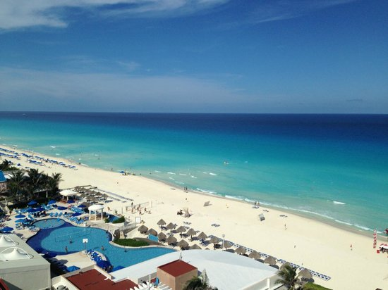 Sandos Cancun Lifestyle Resort : Ocean view from Room 730