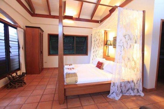 Casa Del Sol: Master bedroom with a king + bathroom