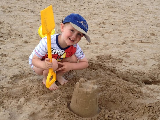 Ainsdale Beach: King of the castle