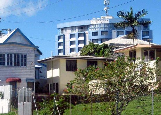 Tanoa Plaza Suva : View of the hotel