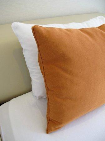 Citadines Karasuma-Gojo Kyoto: couch