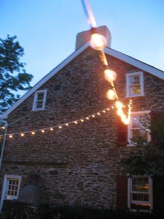 Joseph Ambler Inn: Wedding Reception Outside the John Roberts House